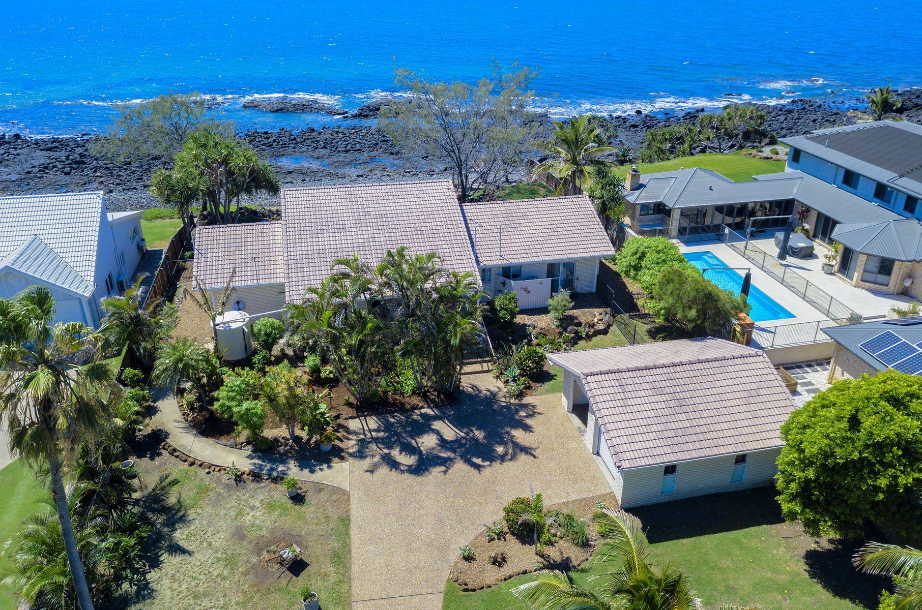 48 Barolin Esplanade, Coral Cove, QLD 4670