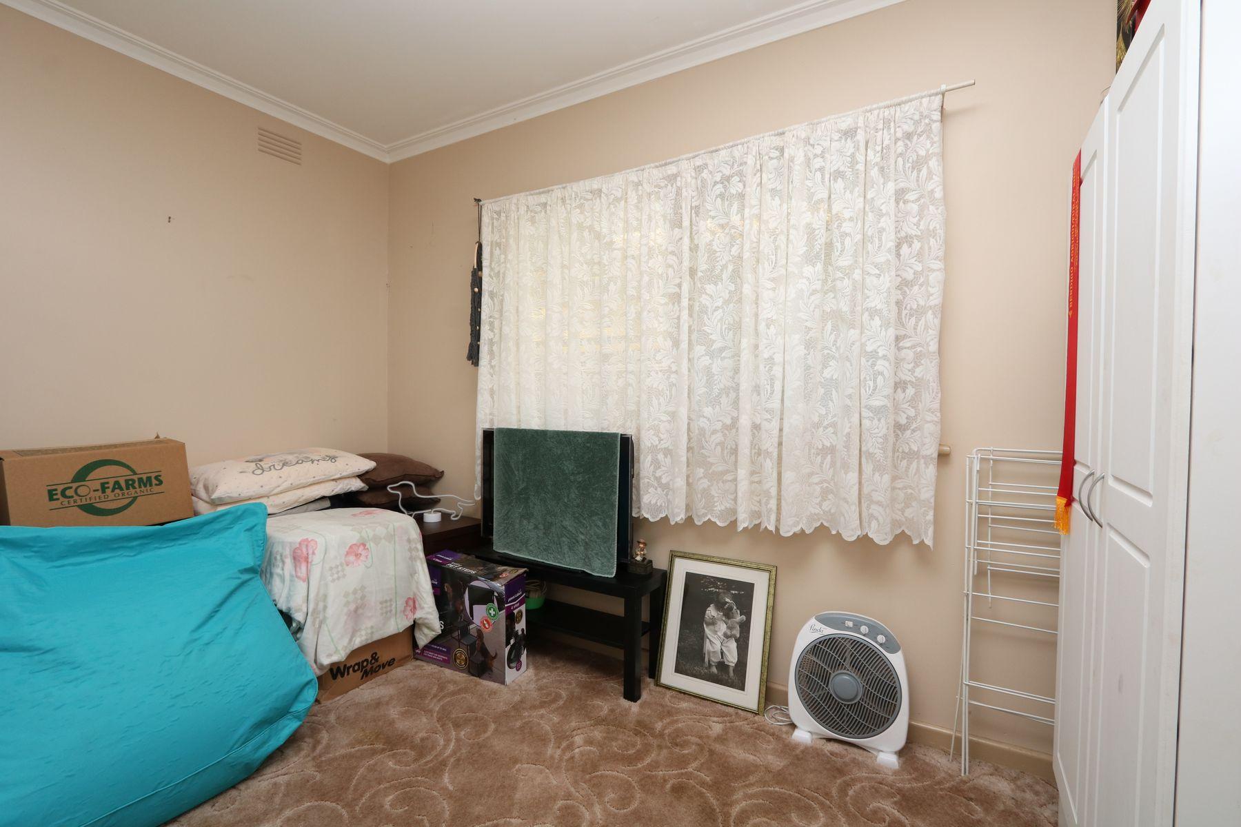 19 Simson Street, Carisbrook, VIC 3464