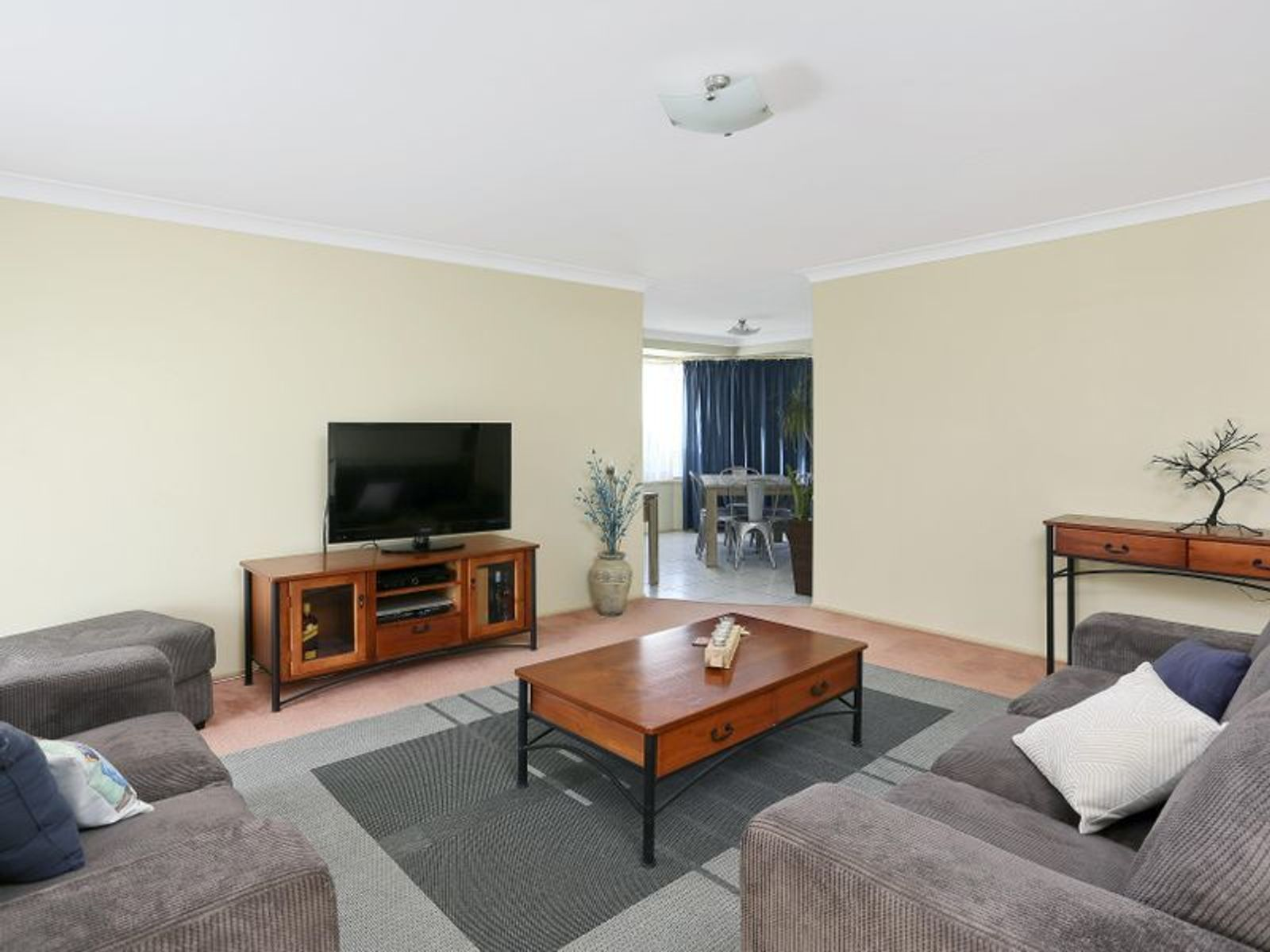 1 Medwin Place, Quakers Hill, NSW 2763
