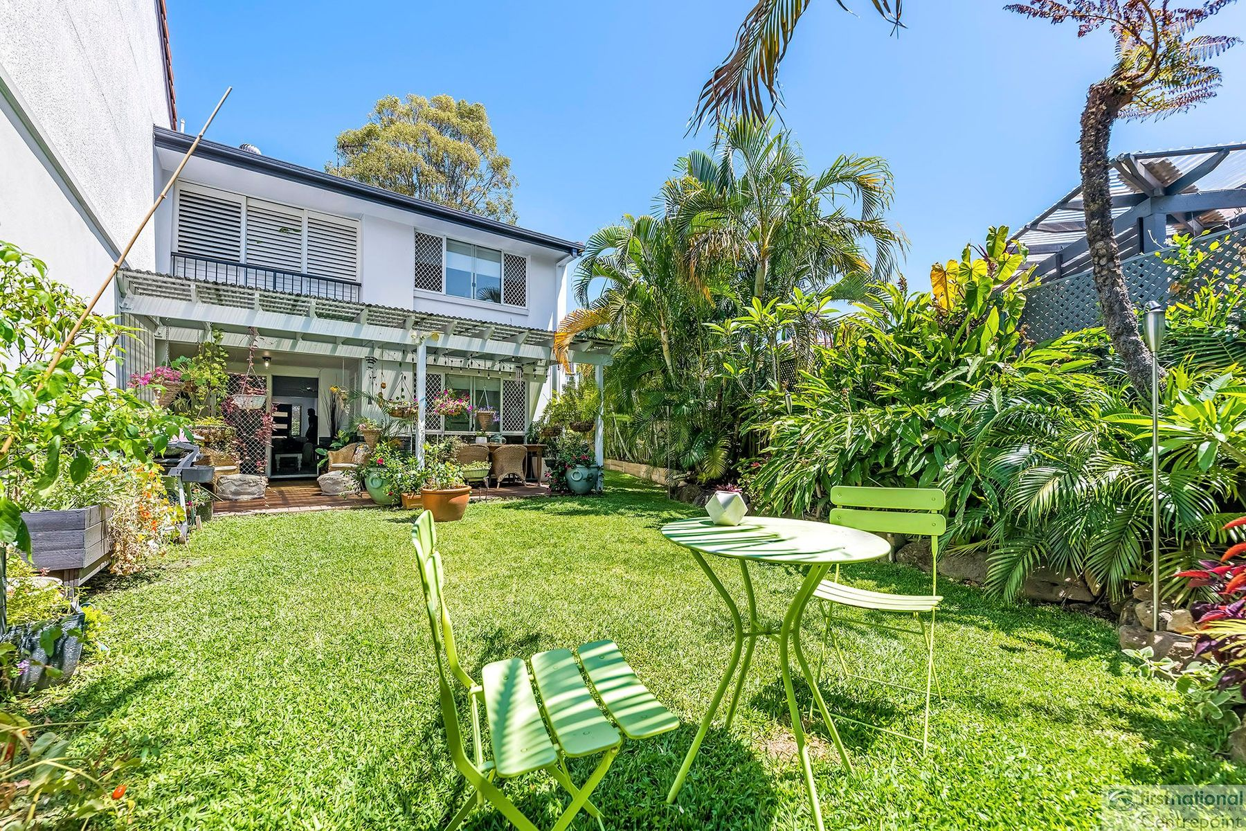 1/79 Benowa Road, Southport, QLD 4215