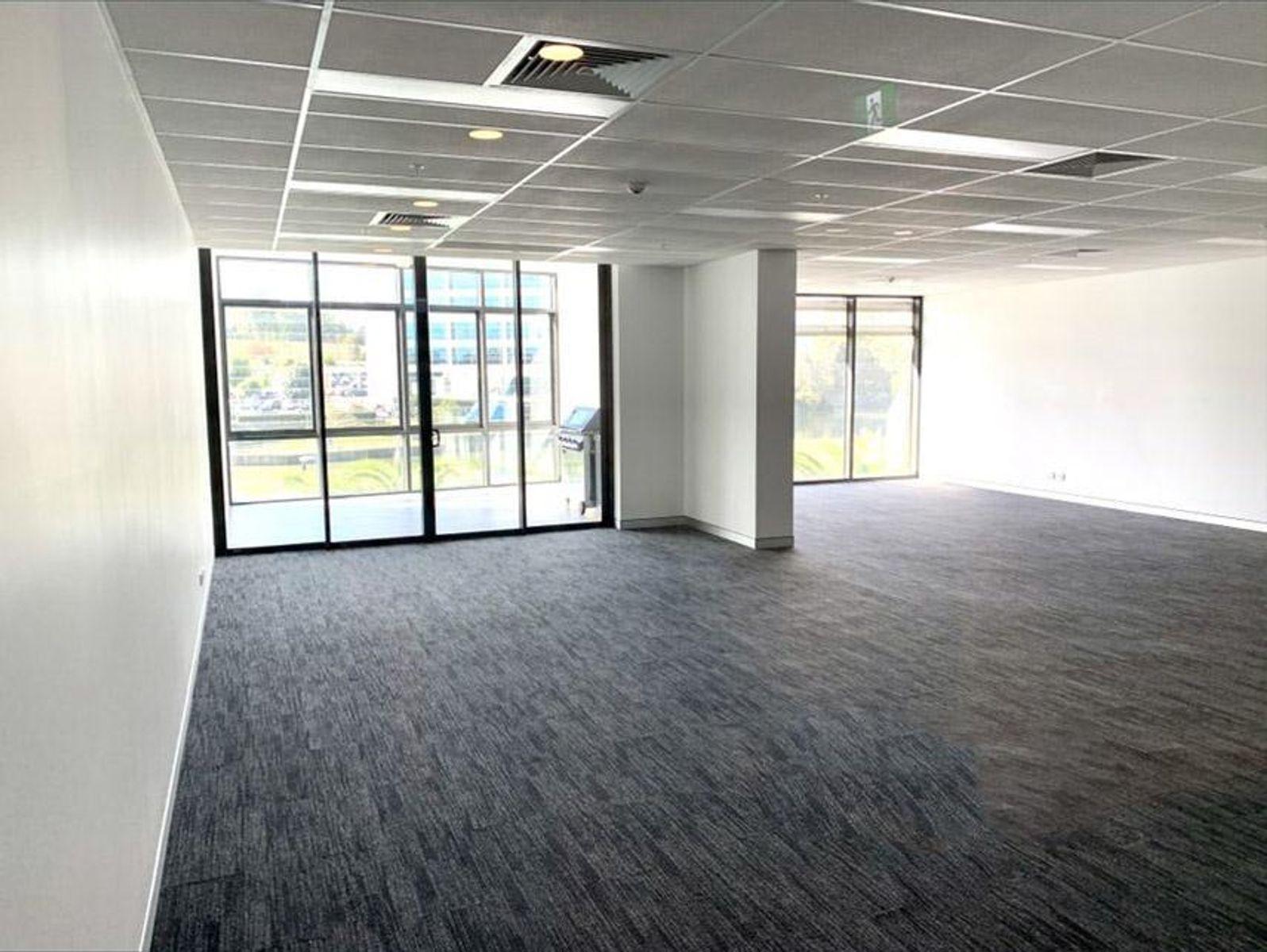 C2.06/11-13 Solent Circuit, Norwest, NSW 2153