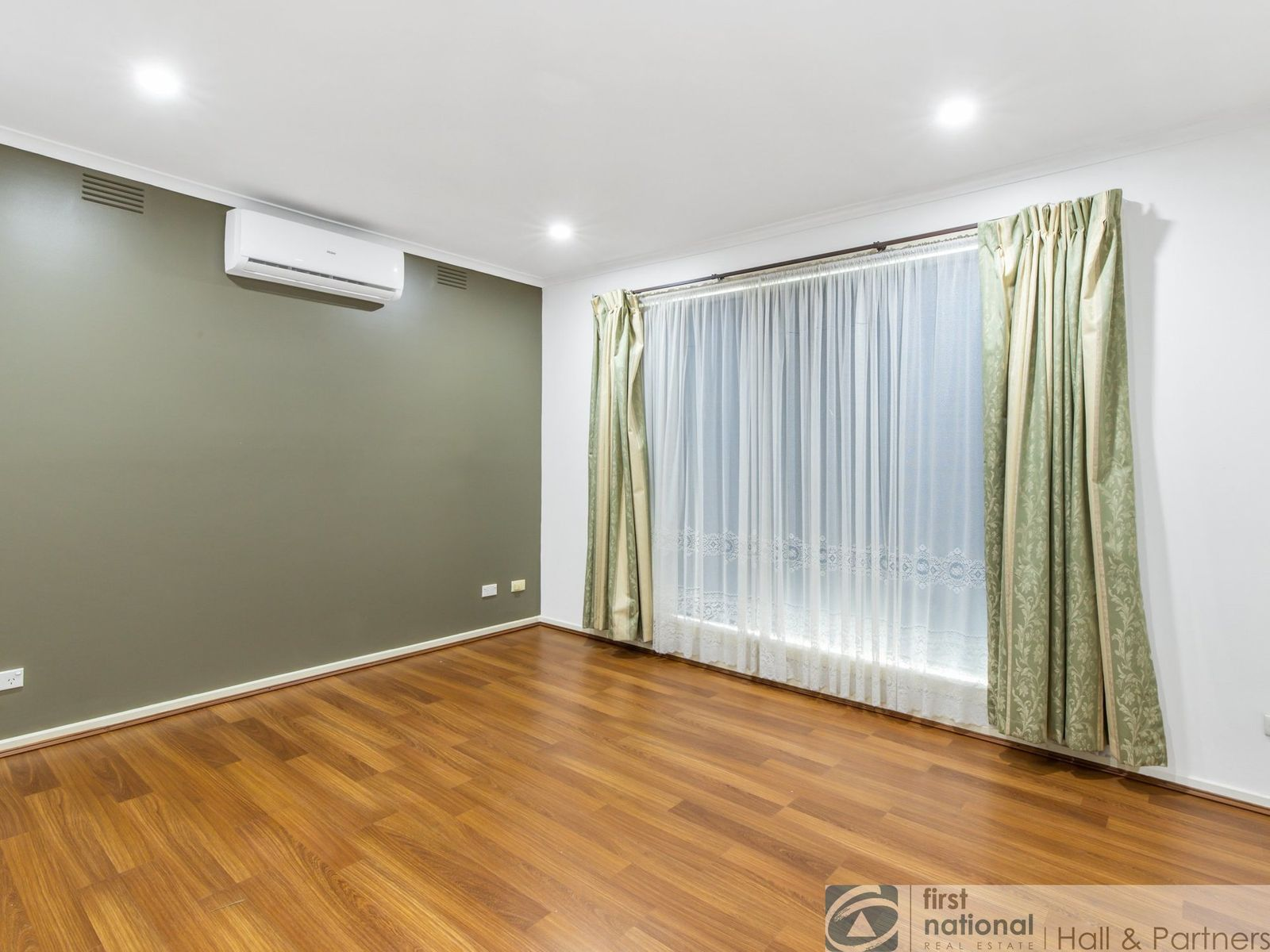 7/6-8 Cypress Grove, Dandenong North, VIC 3175