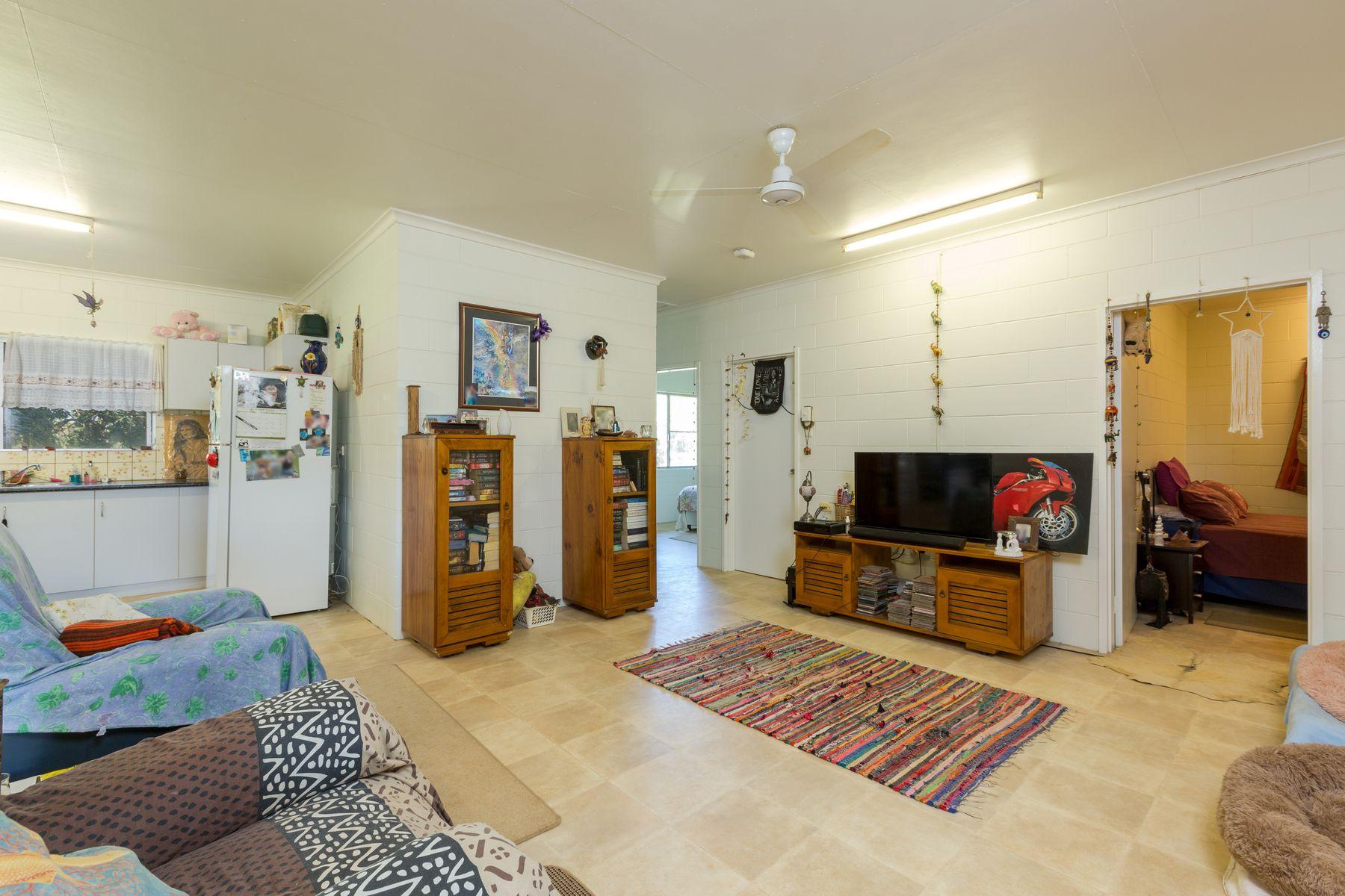 56 Howe Street, Webb, QLD 4860