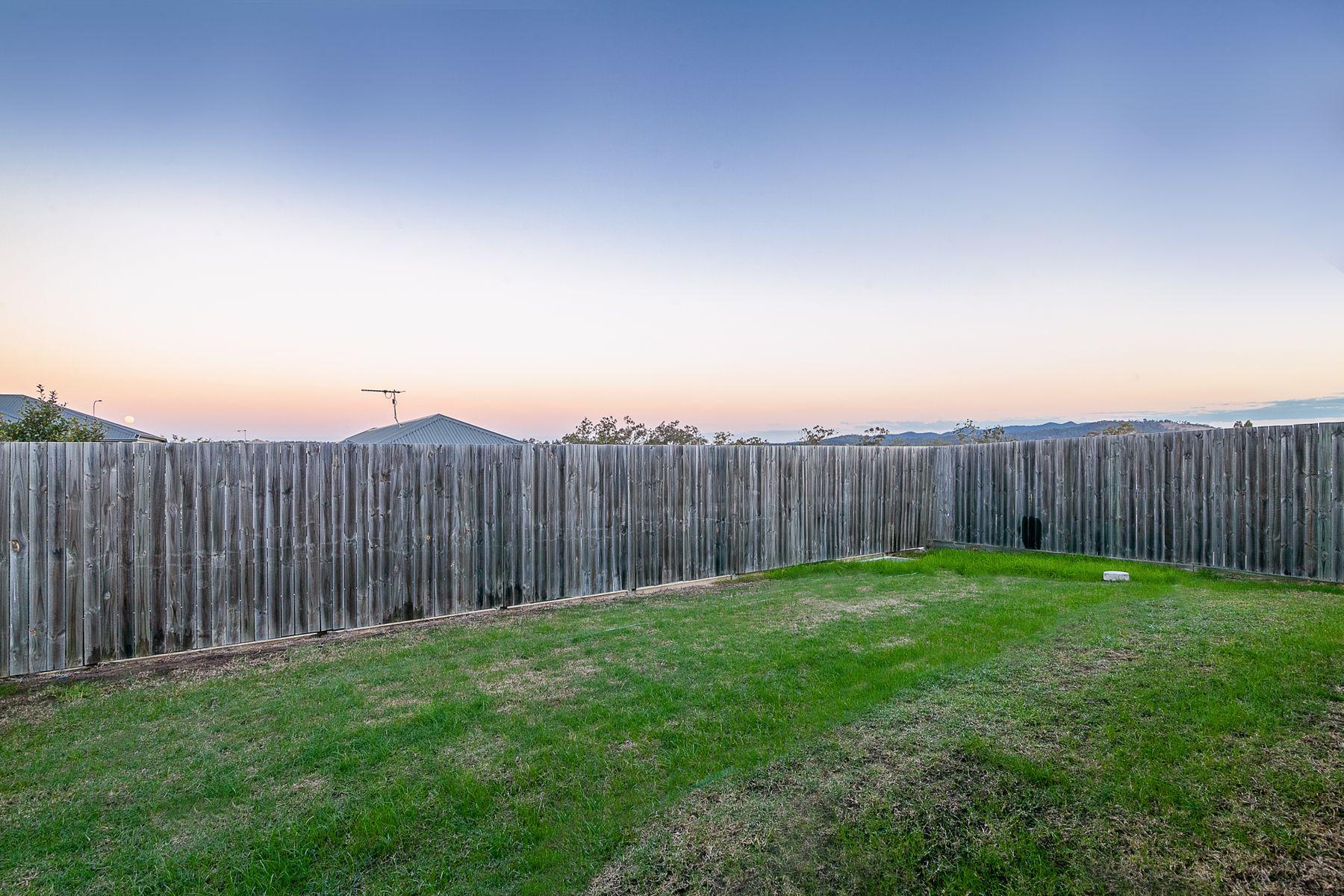 19 Morris Crescent, Bellbird Park, QLD 4300
