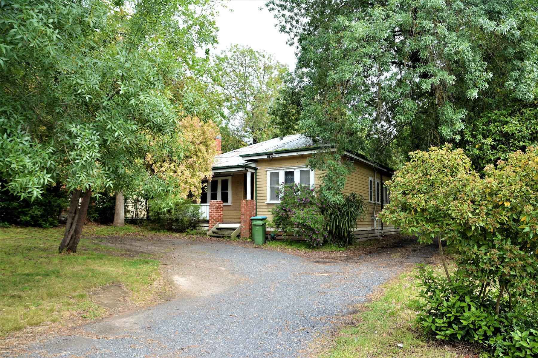 145 Mount Dandenong Road, Croydon, VIC 3136
