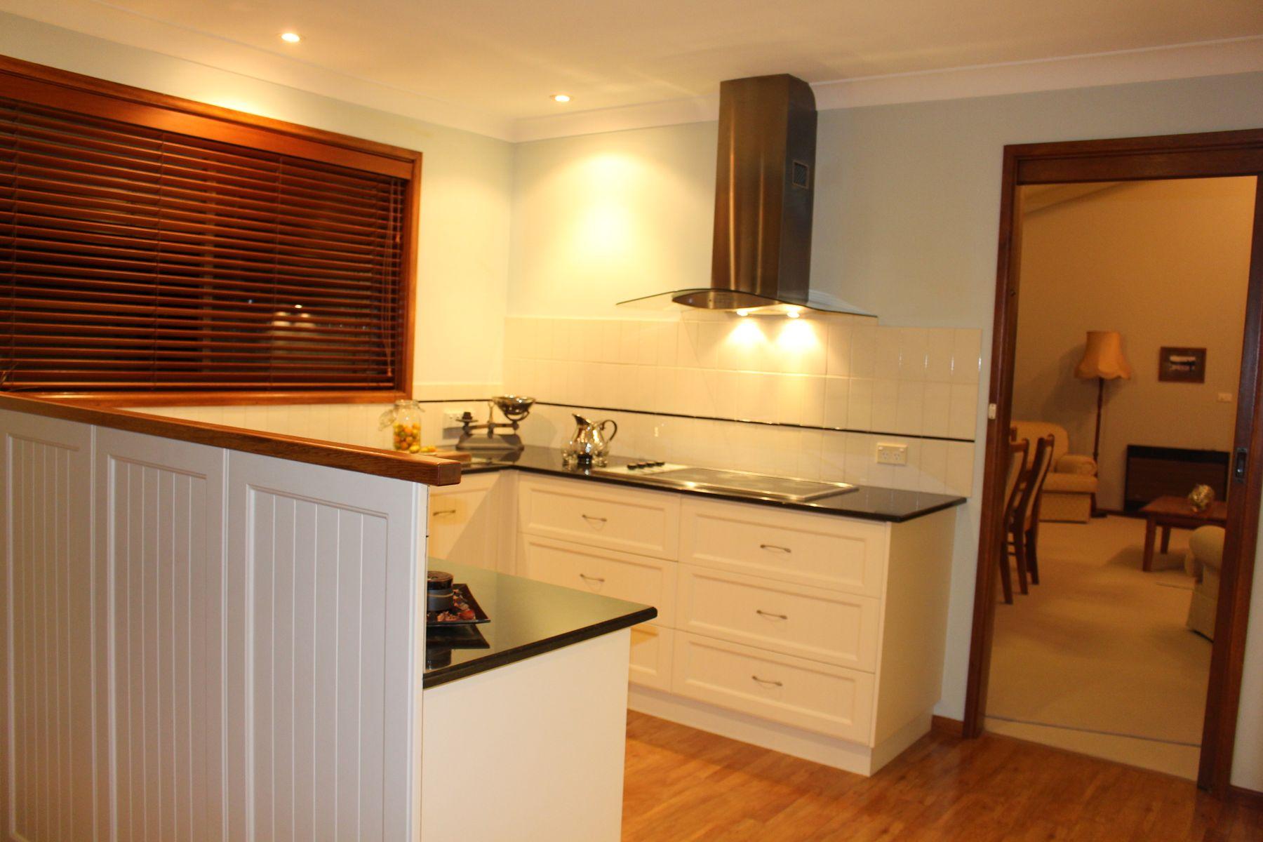 42 Lewin Street, Inverell, NSW 2360