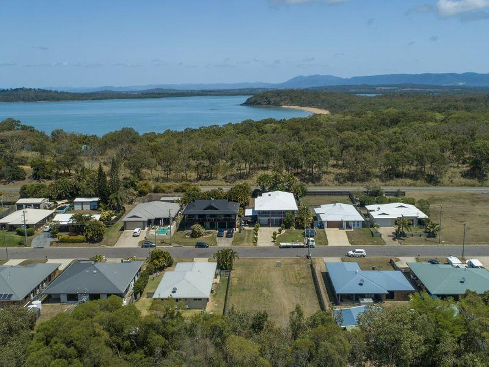 32 Brooksfield Drive, Sarina Beach, QLD 4737