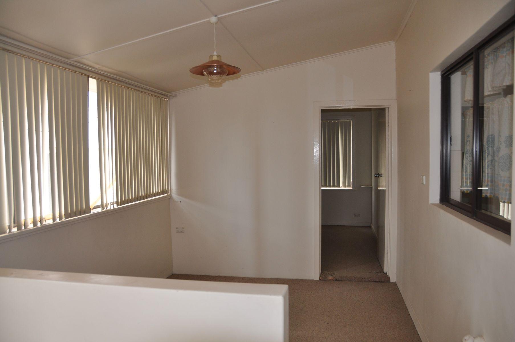 12 Andrew Street, Waikerie, SA 5330