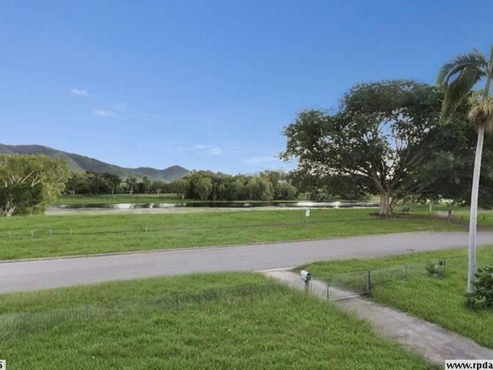4 Redhead Drive, Aitkenvale, QLD 4814