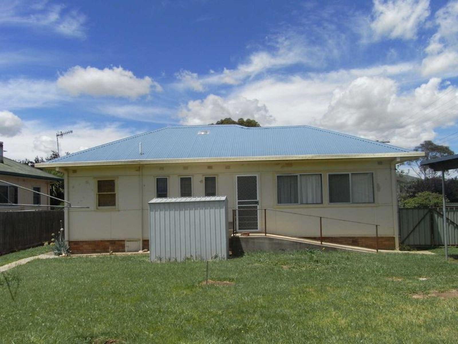 232 Bourke Street, Glen Innes, NSW 2370