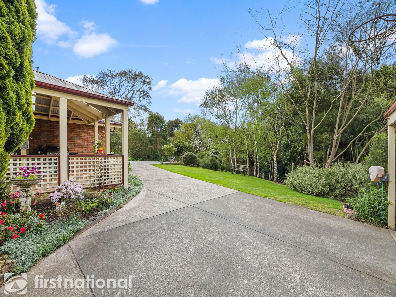 10 Pine Grove, Warragul, VIC 3820