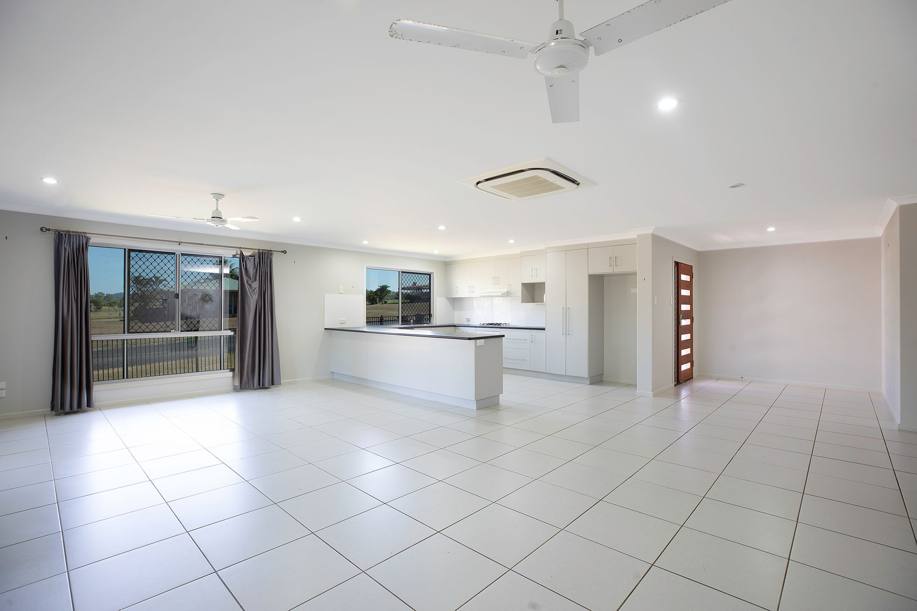 2 Springcliffe Drive, Seaforth, QLD 4741