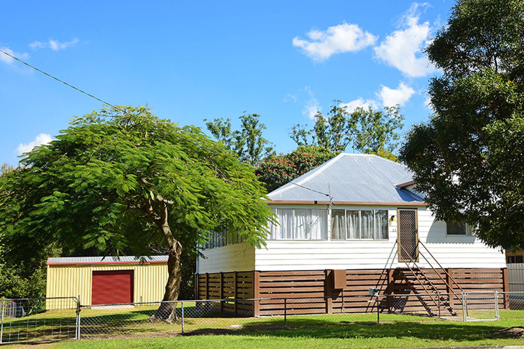 32 Maleny Street, Landsborough, QLD 4550