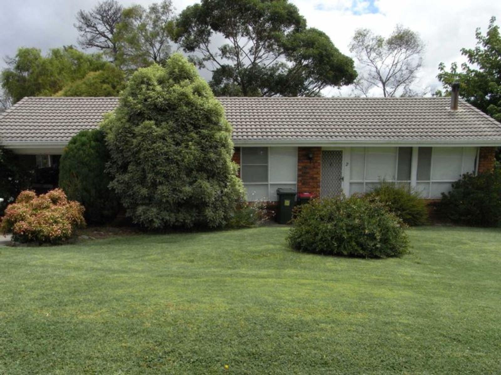2 Bates Avenue, Glen Innes, NSW 2370