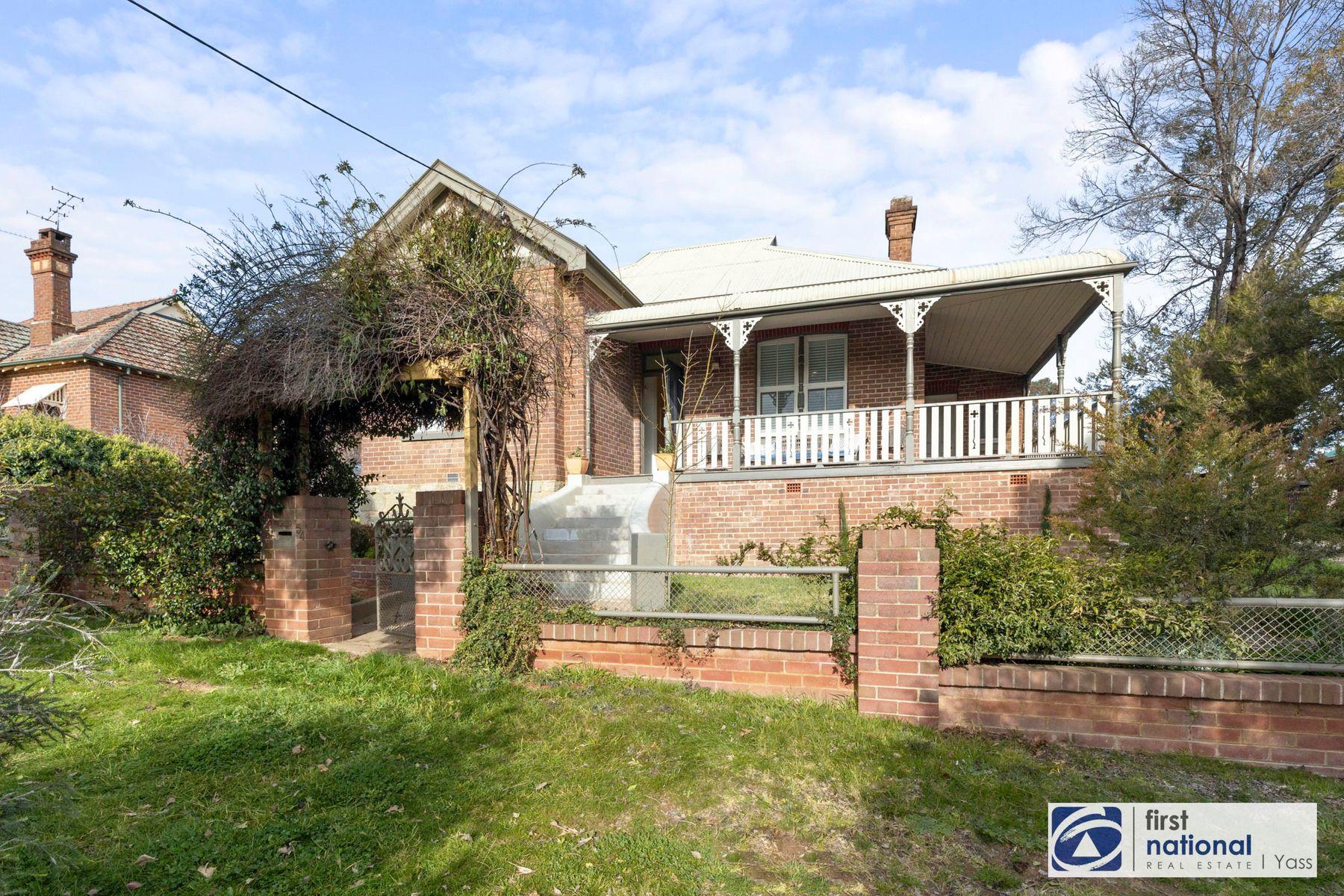 54 Lead Street, Yass, NSW 2582
