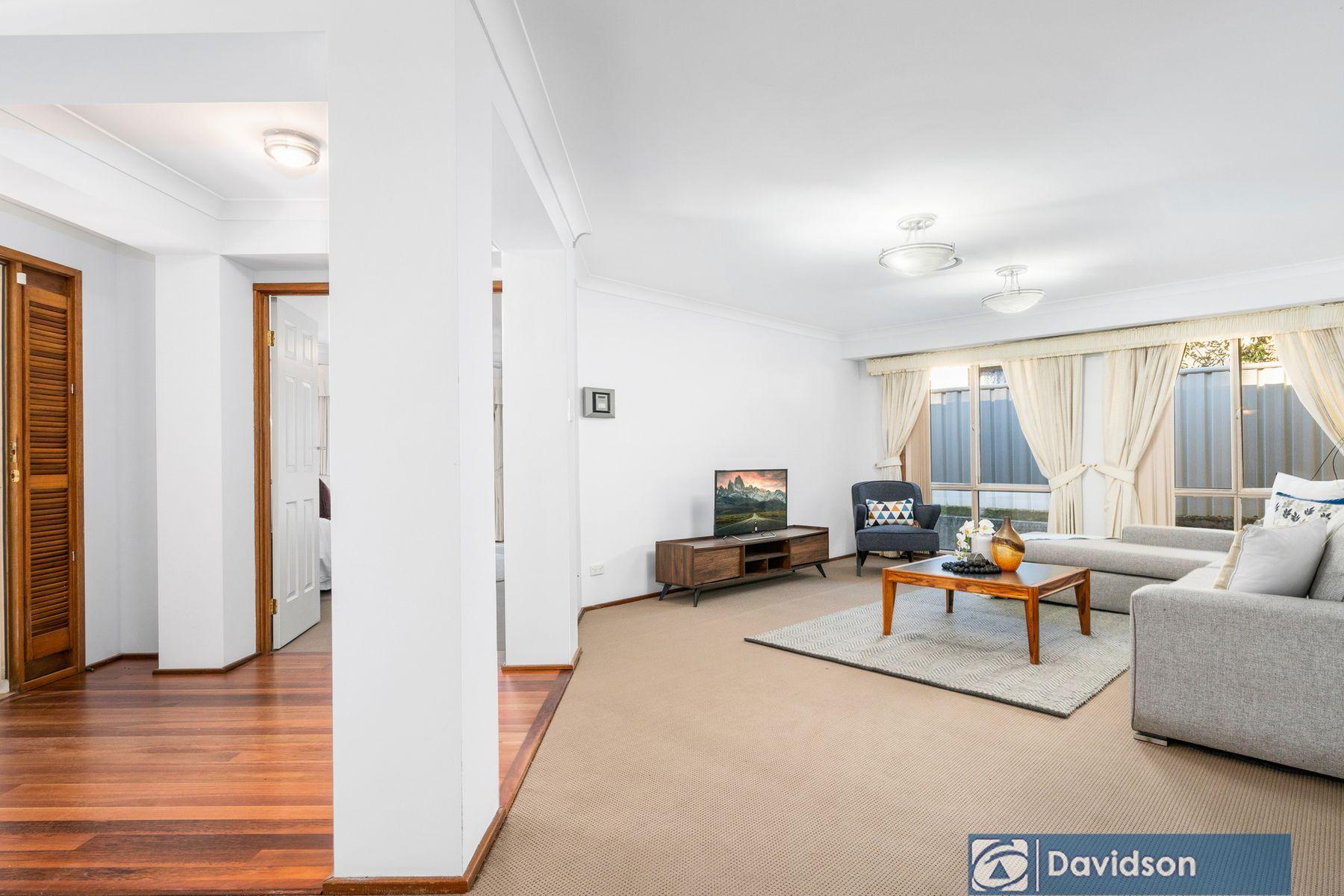 1 Pimelia Court, Voyager Point, NSW 2172