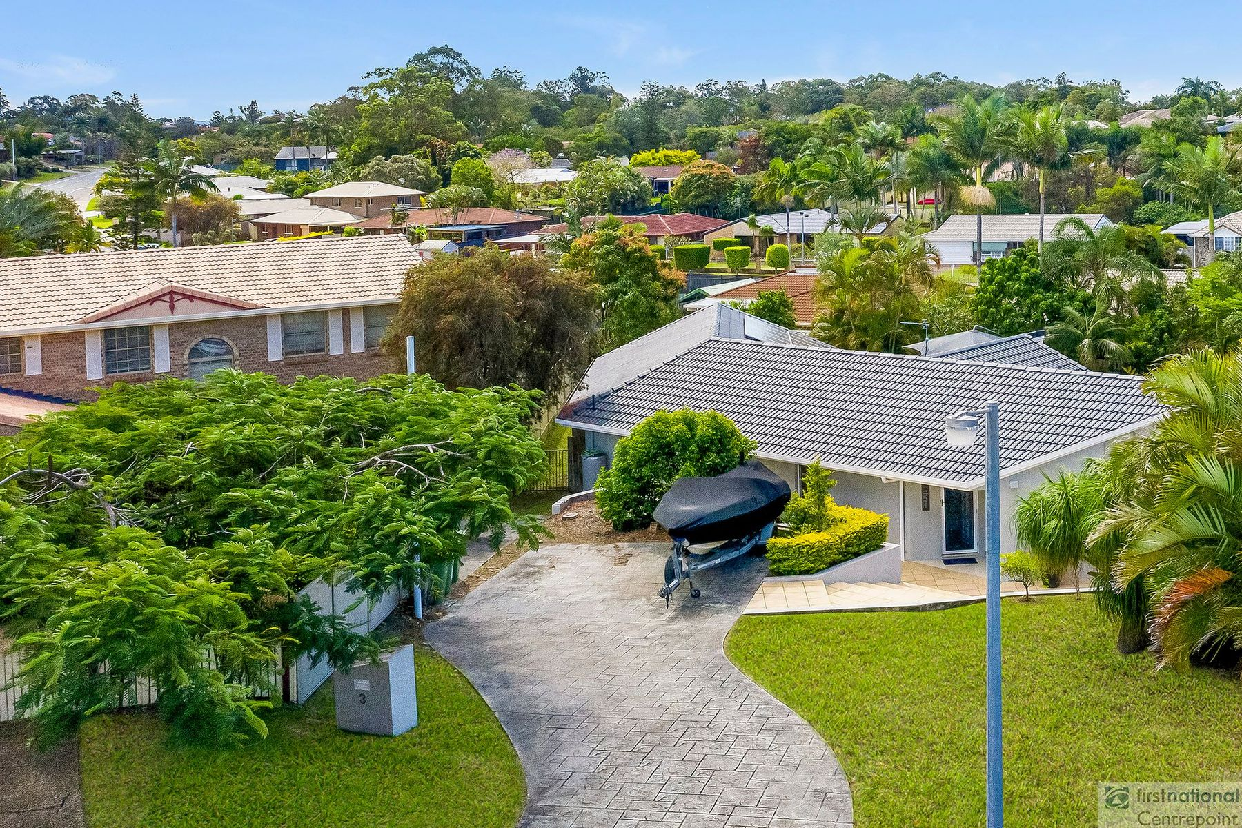 3 Woodshire Court, Carrara, QLD 4211