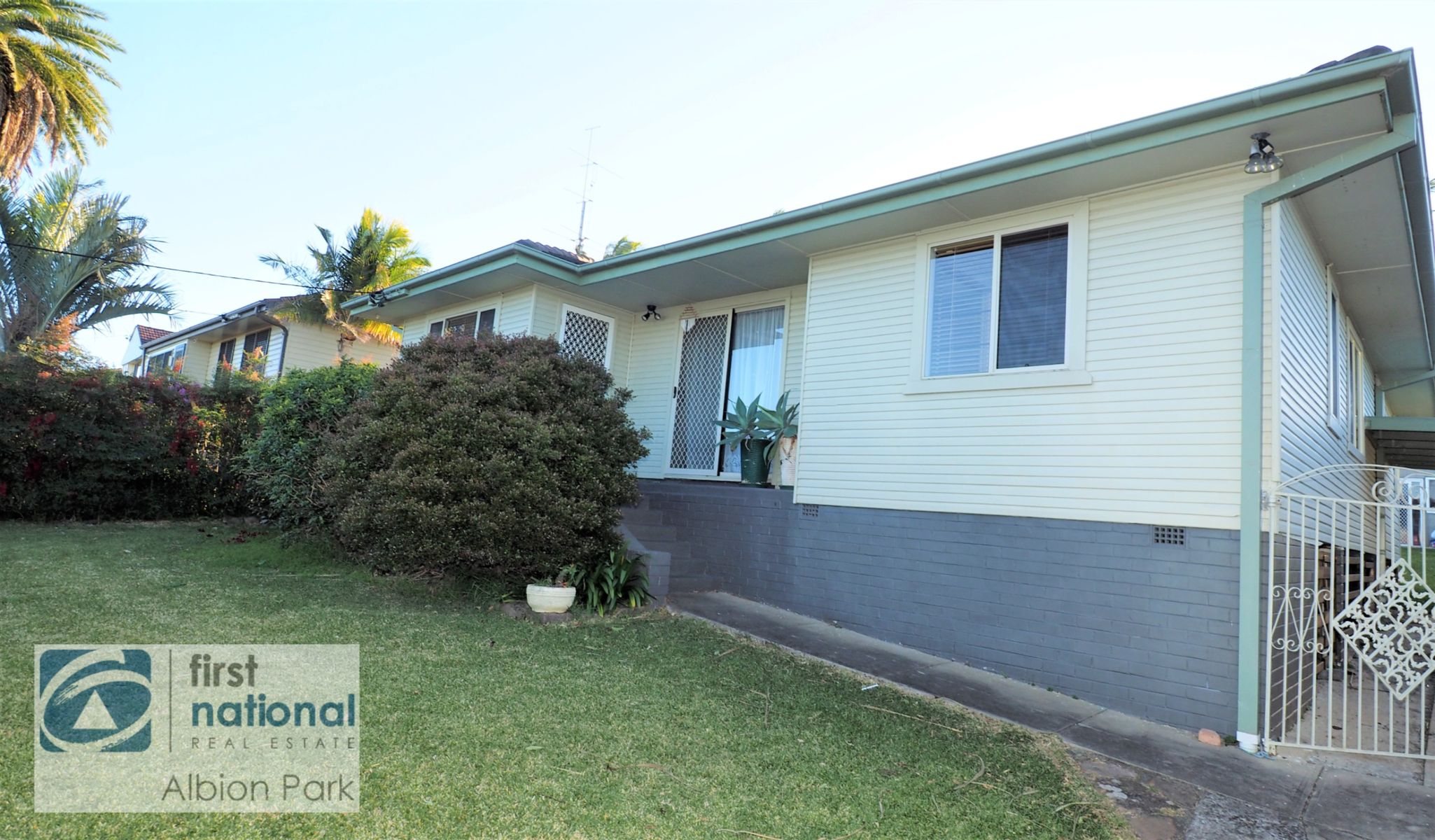 19 Albert Street, Lake Illawarra, NSW 2528