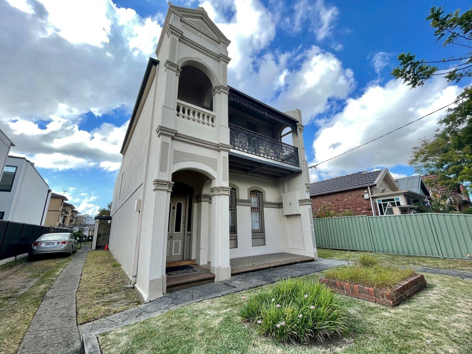 1/9-11 Renwick Street, Marrickville, NSW 2204