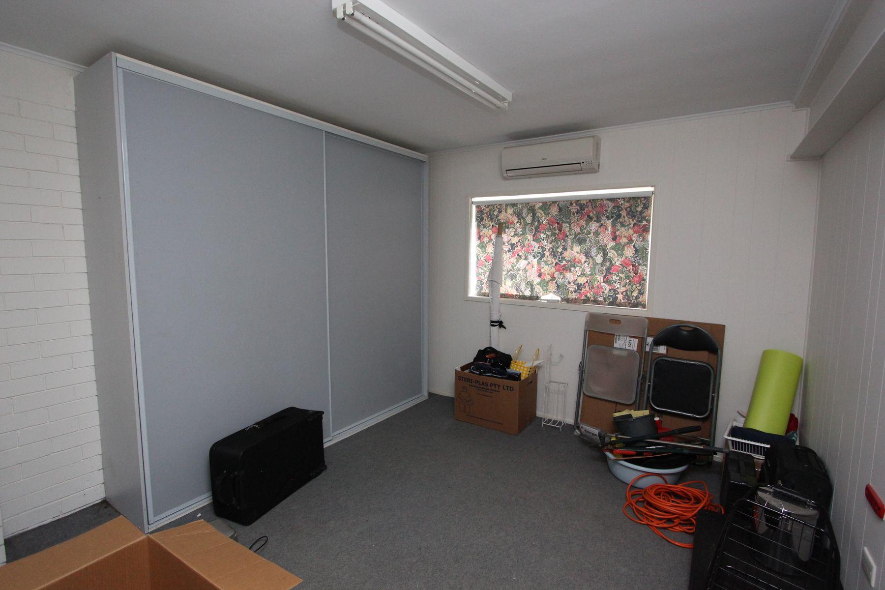 8 Killarney Avenue, Darra, QLD 4076