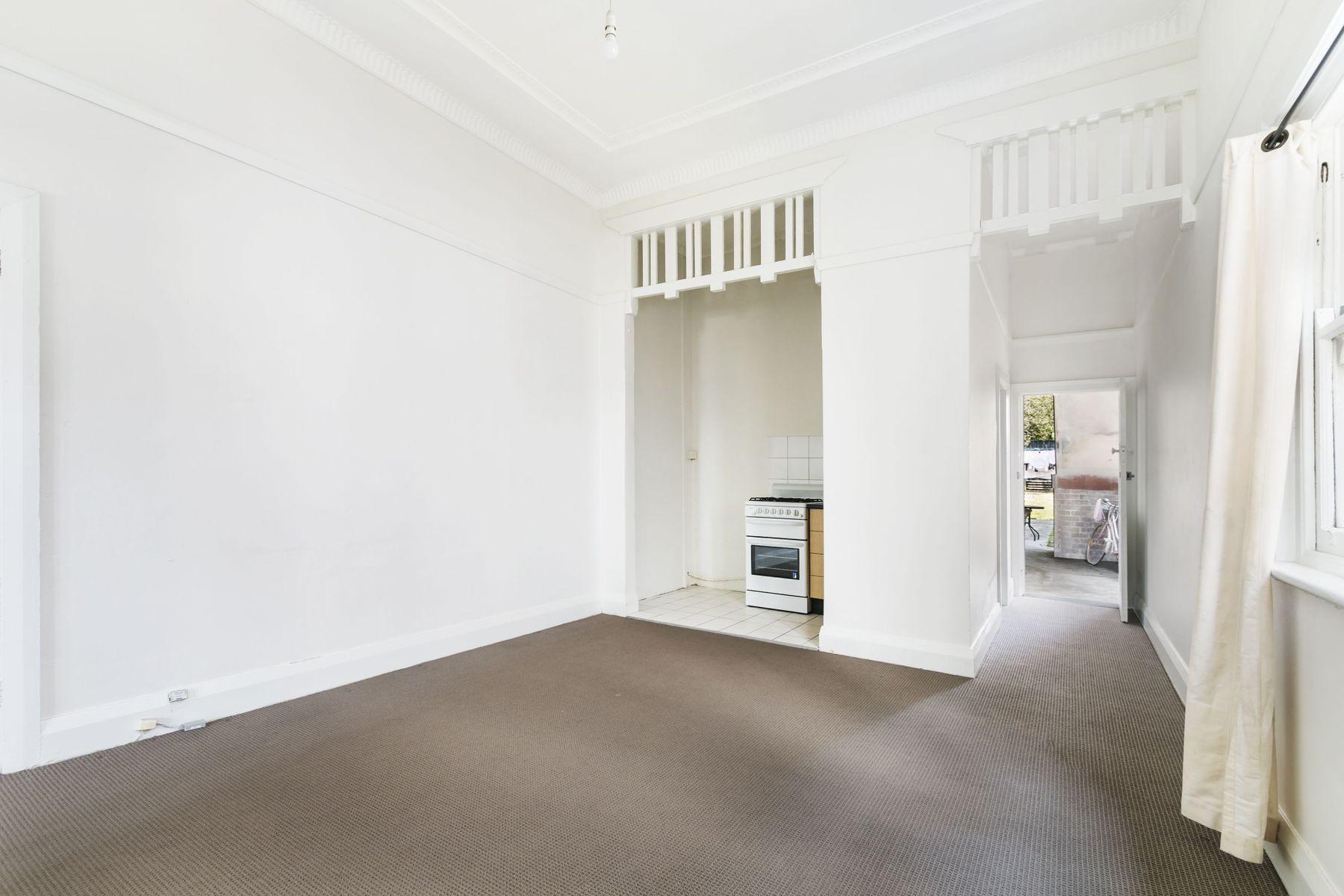 2/31 George Street, Marrickville, NSW 2204