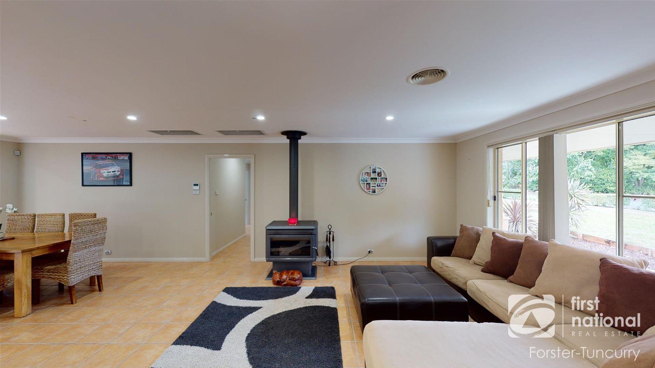 300 Highlands Drive, Failford, NSW 2430