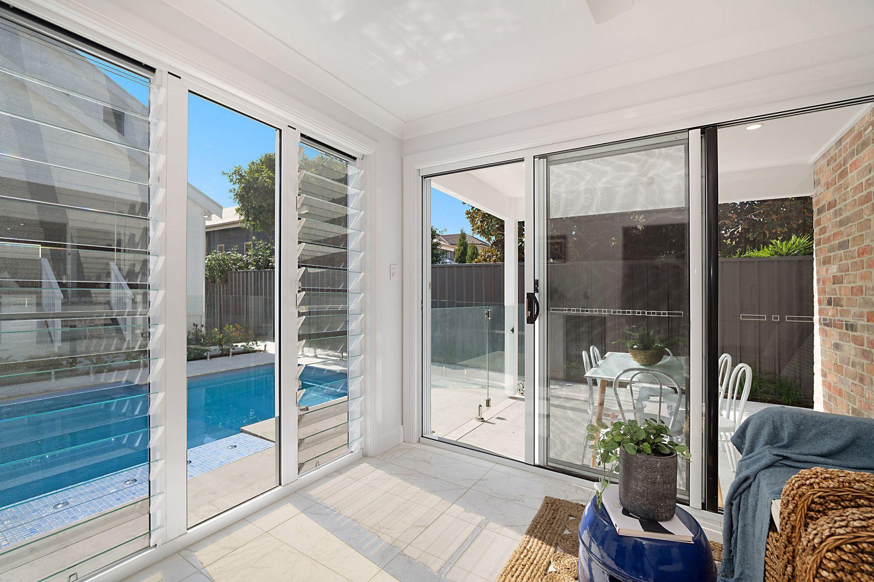 31 Bar Beach Avenue, The Junction, NSW 2291