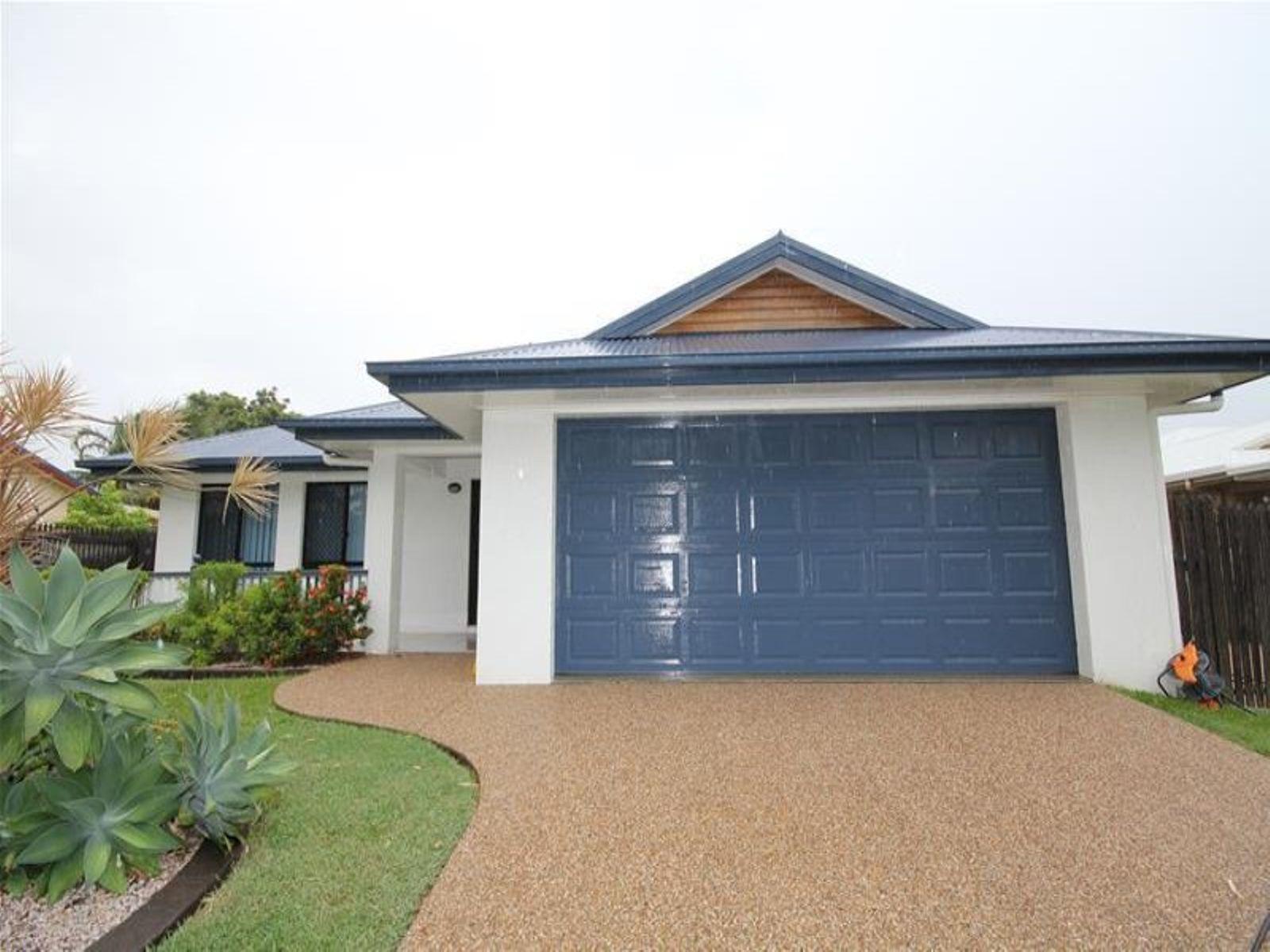 32 Greentree Circuit, Bushland Beach, QLD 4818