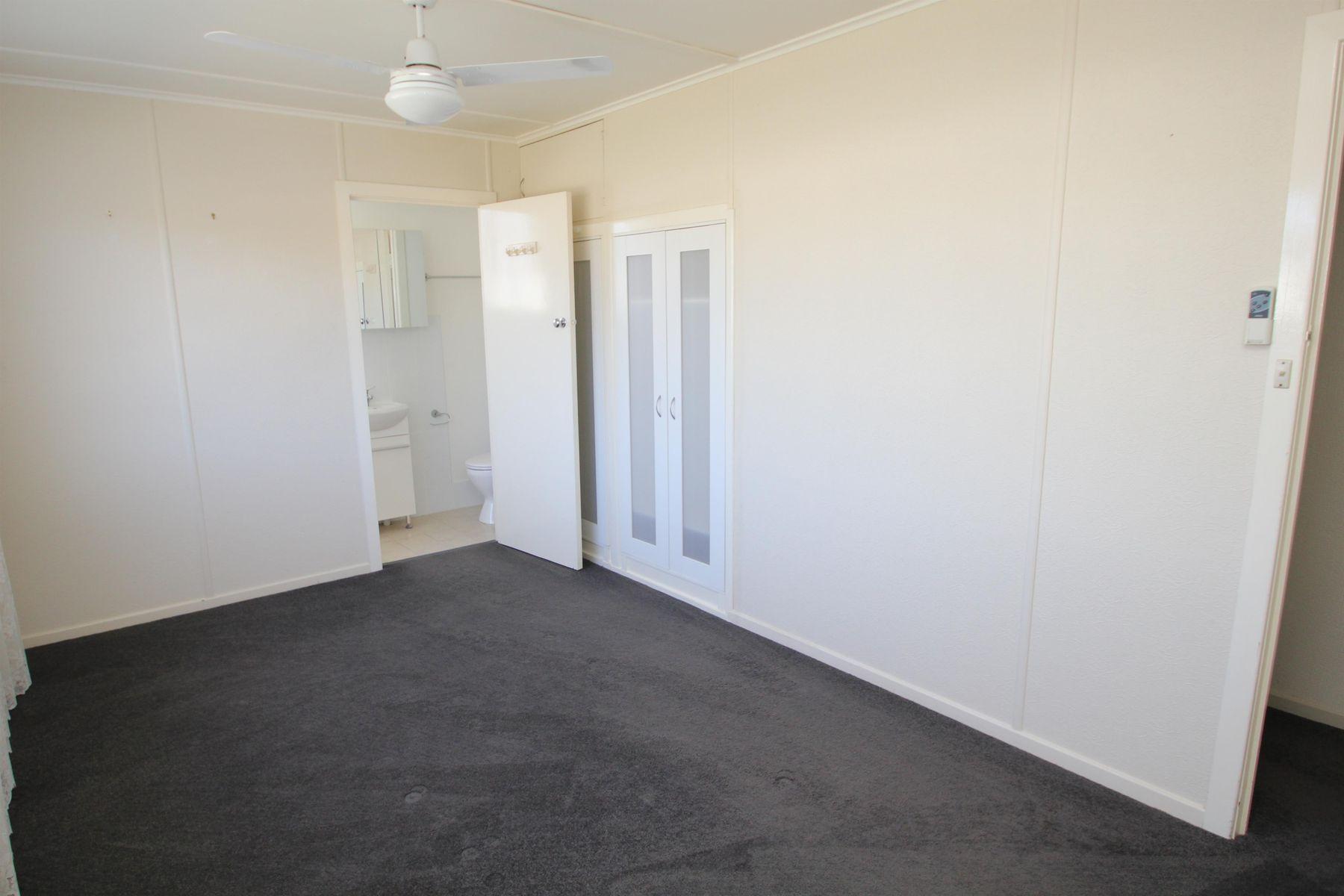 174 Manners Street, Tenterfield, NSW 2372