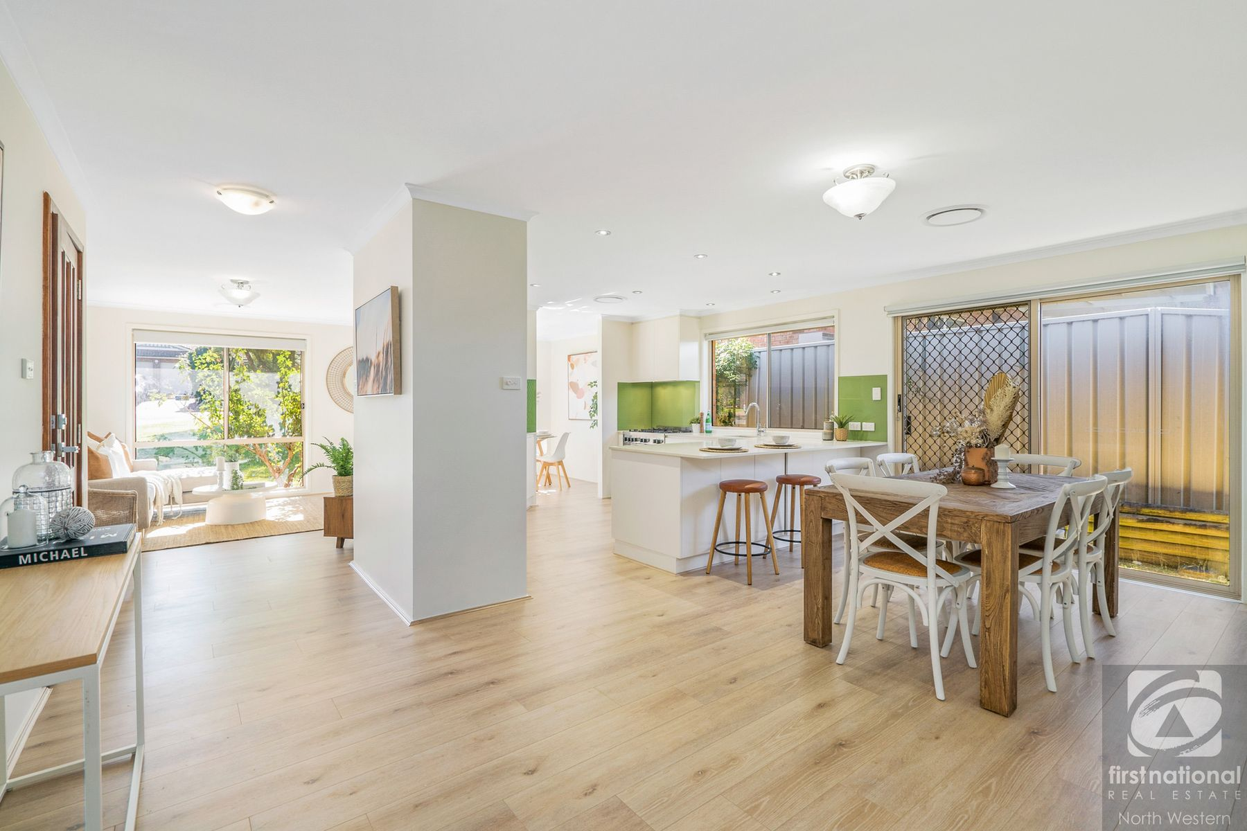 17 Olwen Place, Quakers Hill, NSW 2763