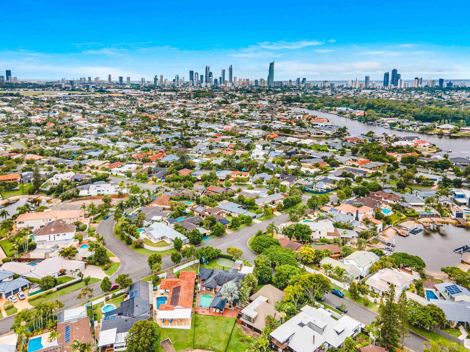 7 Tyrone Avenue, Sorrento, QLD 4217