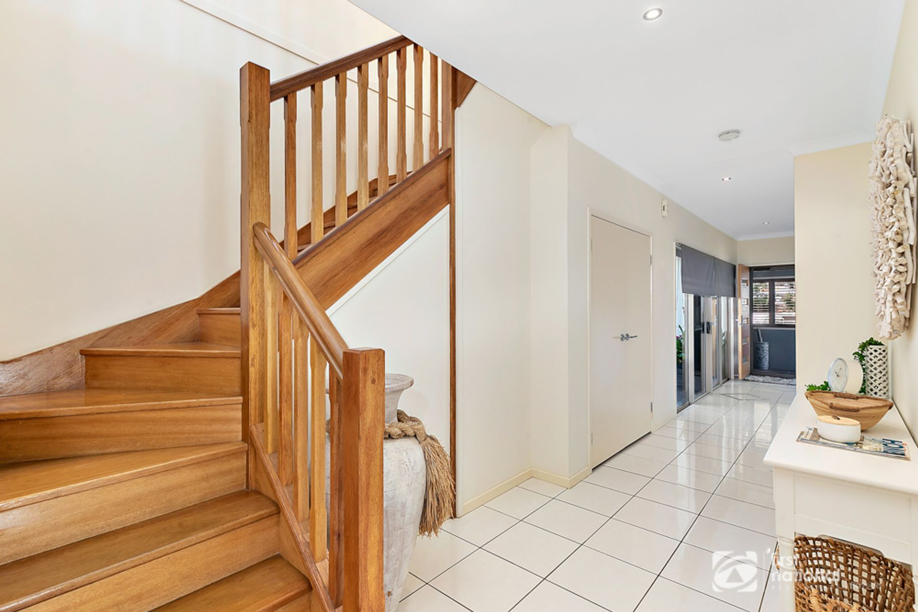 95 Thomas Street, Birkdale, QLD 4159
