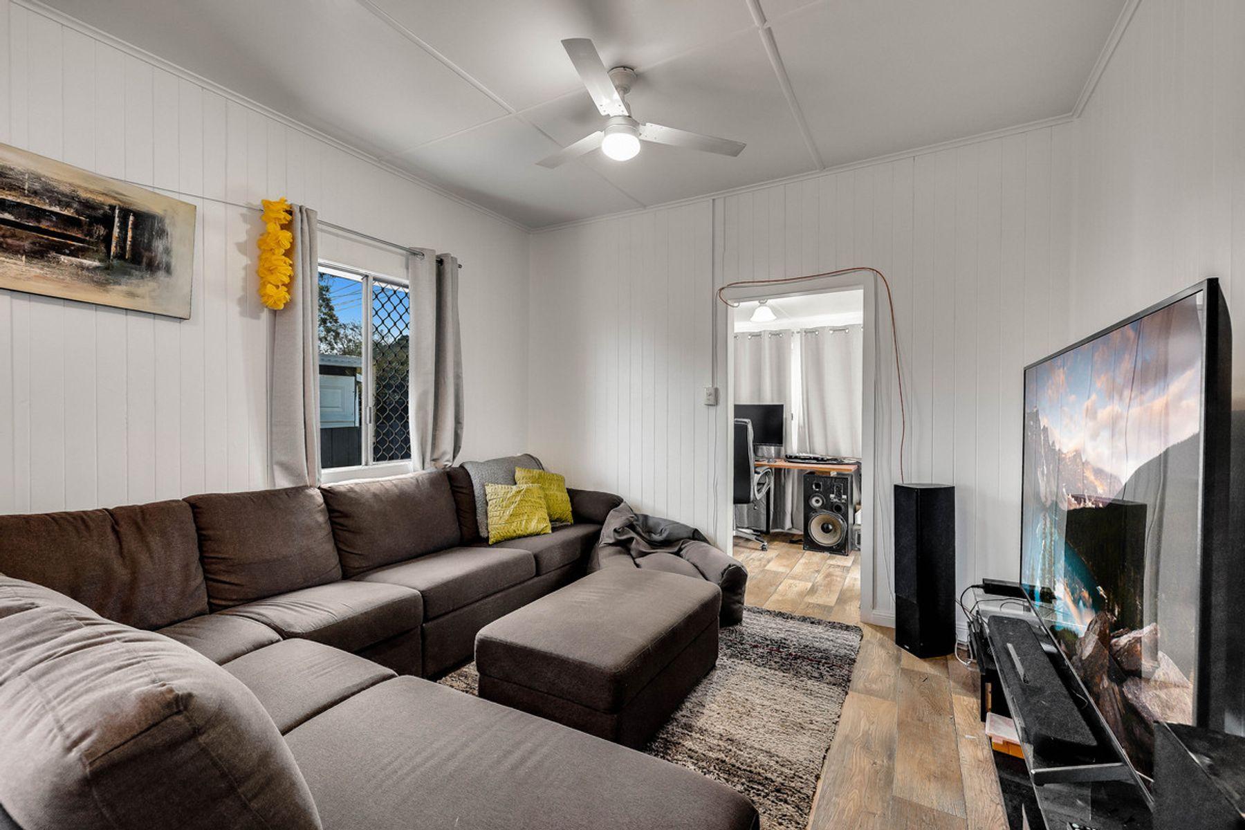 24 Rob Street, Newtown, QLD 4350
