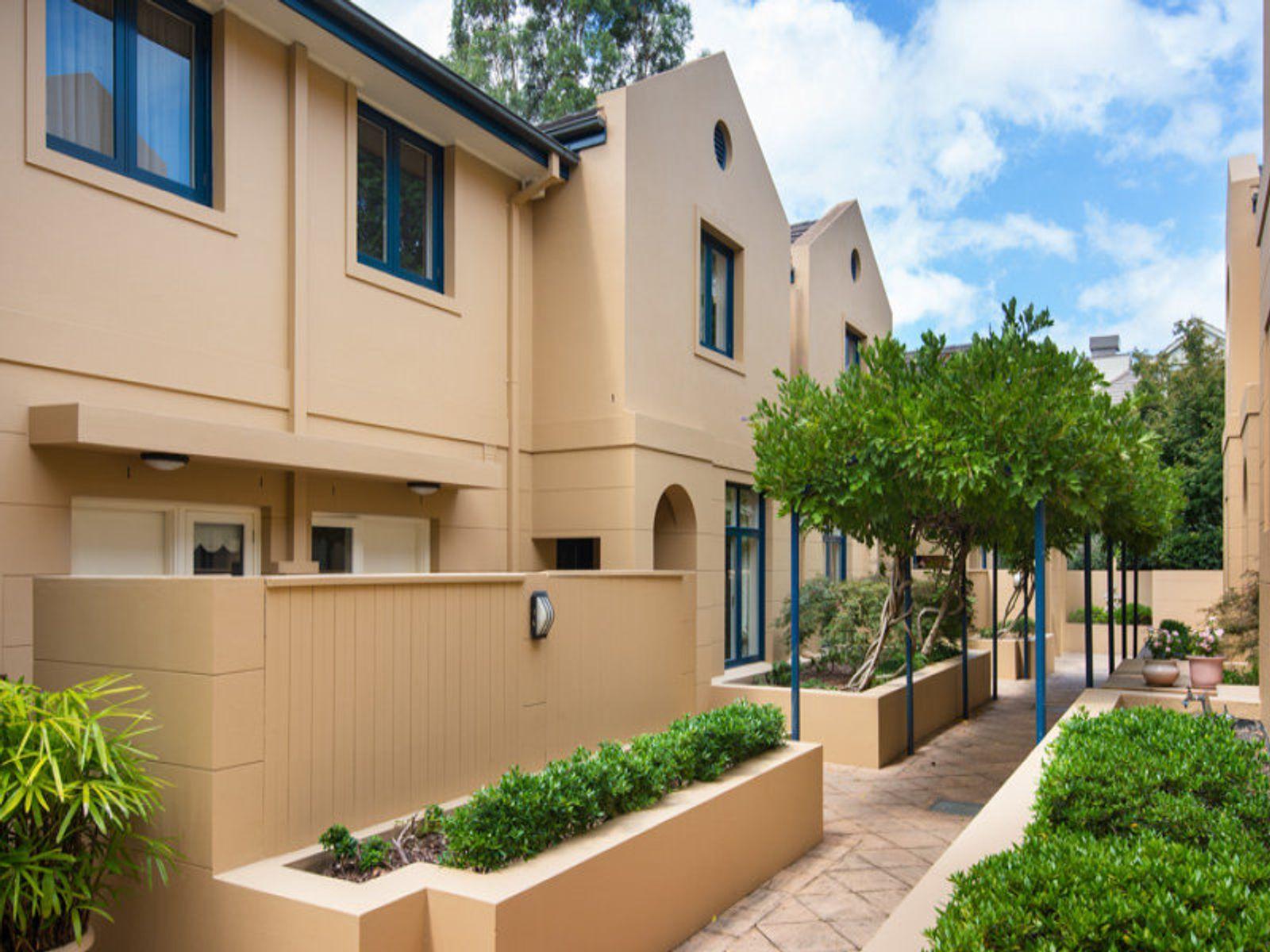 2/3 Neringah Avenue, Wahroonga, NSW 2076