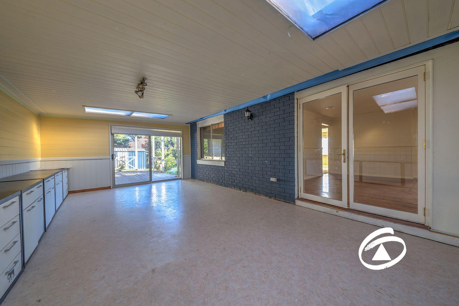 54 Beethoven Drive, Narre Warren South, VIC 3805