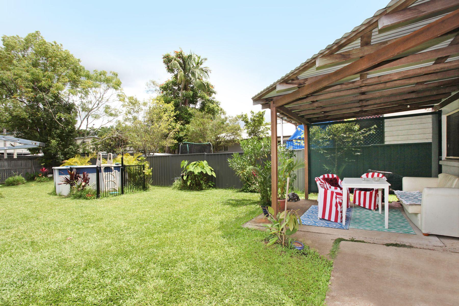 30 Jones Street, Mooloolah Valley, QLD 4553