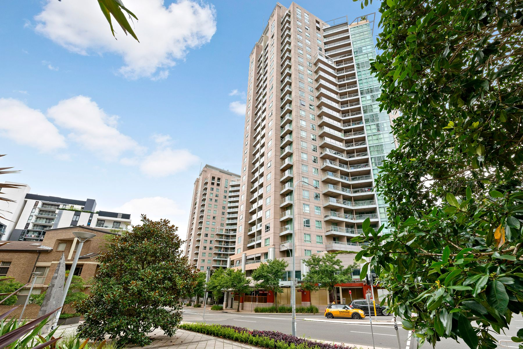 1305/2A Help Street, Chatswood, NSW 2067