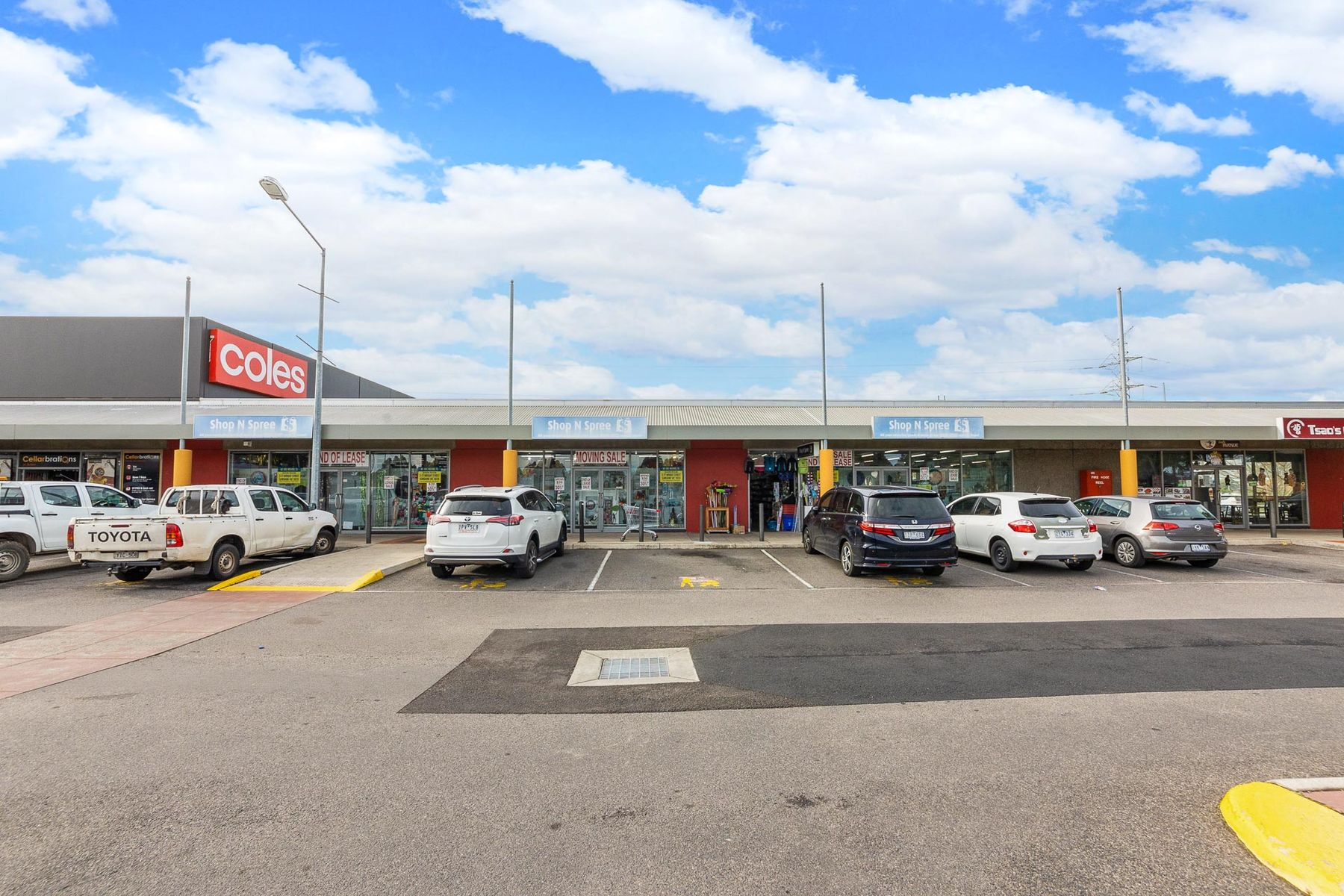 WEB   13 15 The Avenue Shopping Centre Ardeer    2