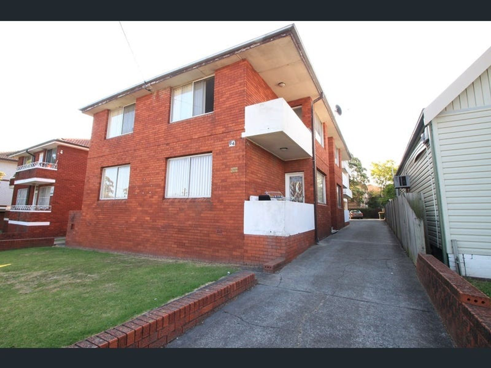 2/64 Northumberland Road, Auburn, NSW 2144