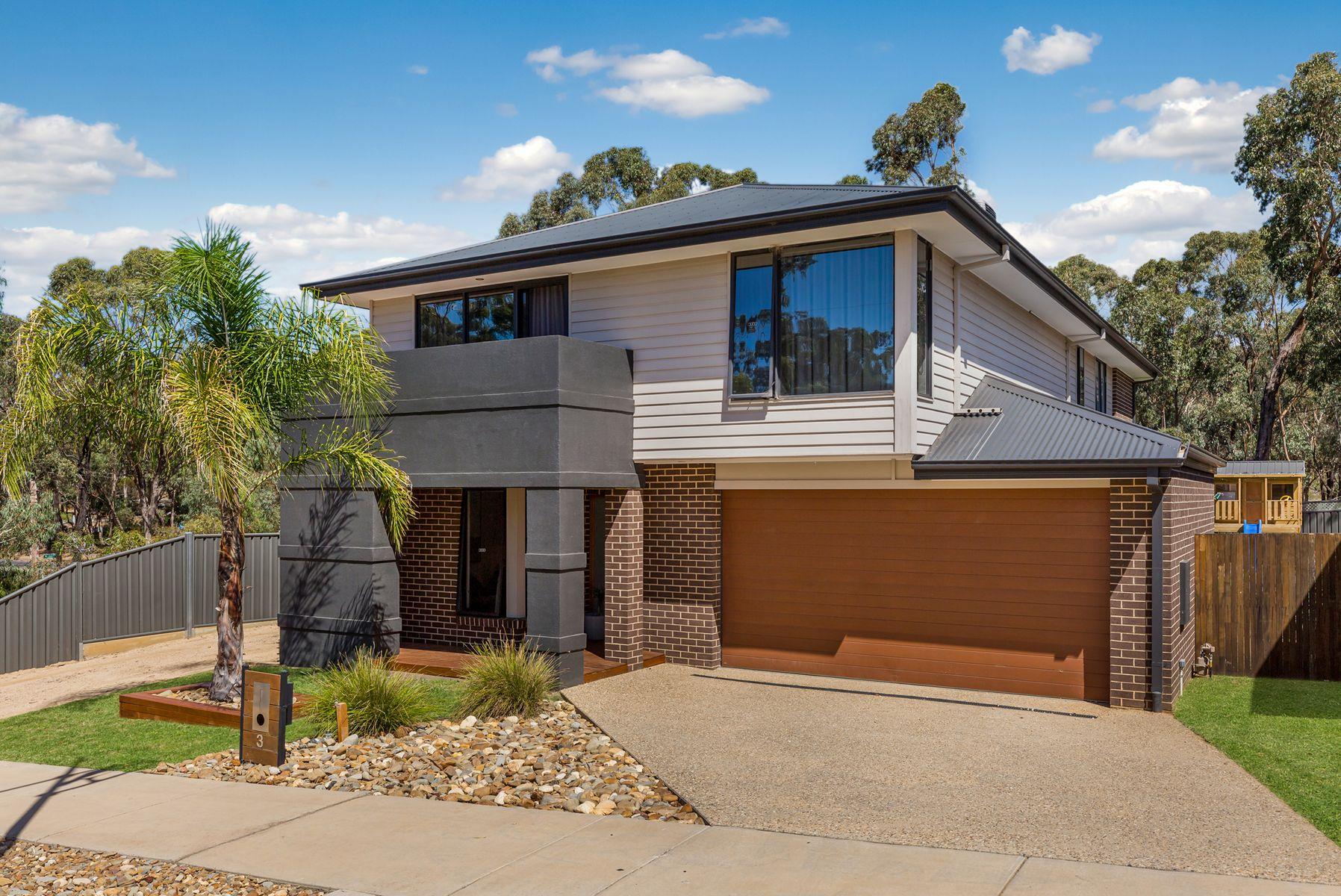 3 Bentley  Terrace, Quarry Hill, VIC 3550