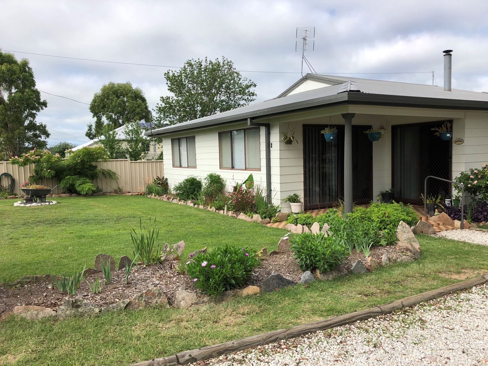48 Scott Street, Tenterfield, NSW 2372