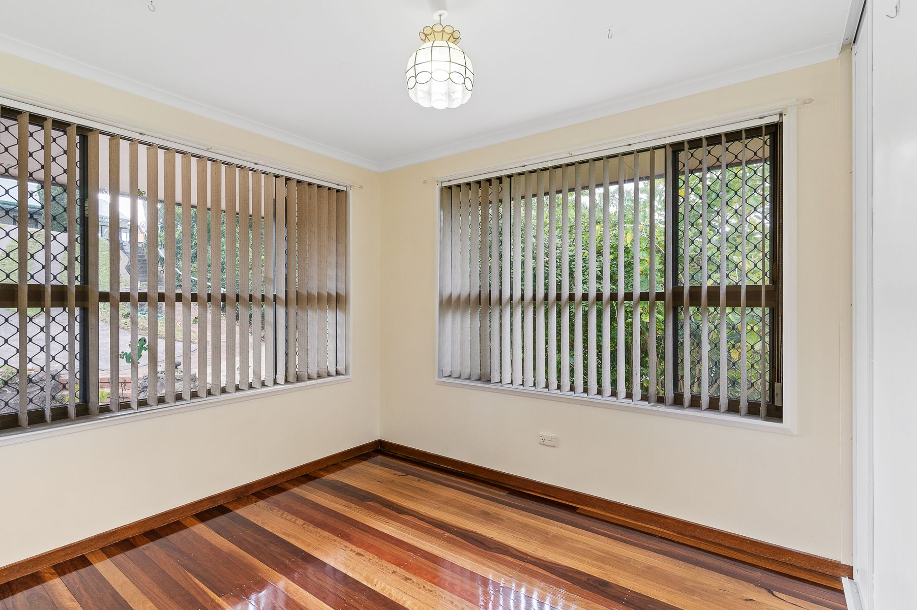 11-13 Robinson Avenue, Girards Hill, NSW 2480
