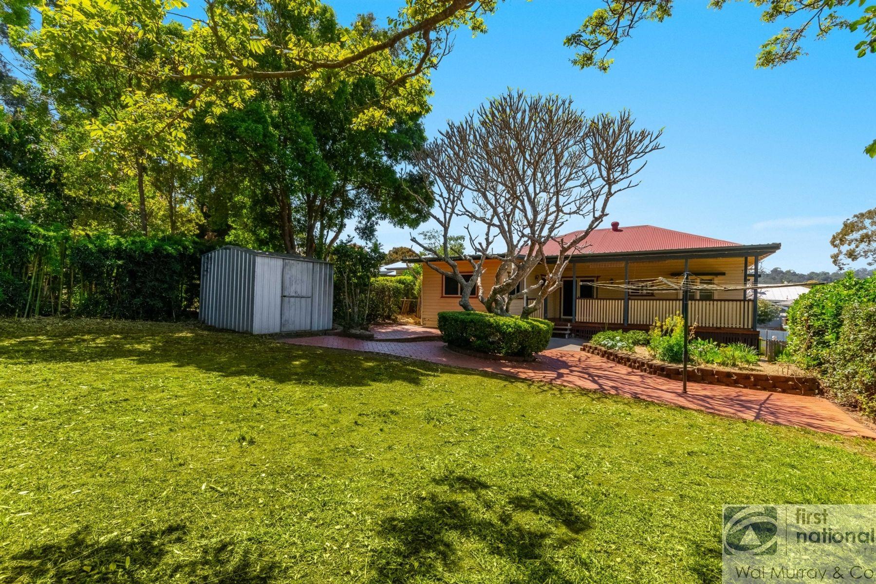 8 Oakley Avenue, East Lismore, NSW 2480