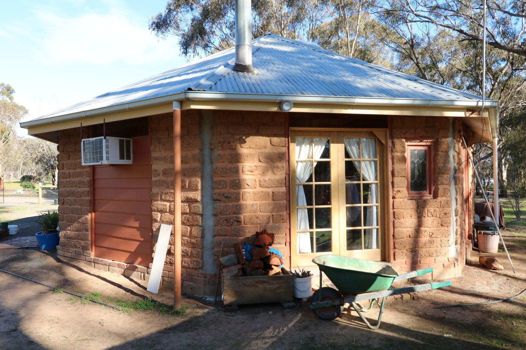 259 Timor Road, Bowenvale, VIC 3465