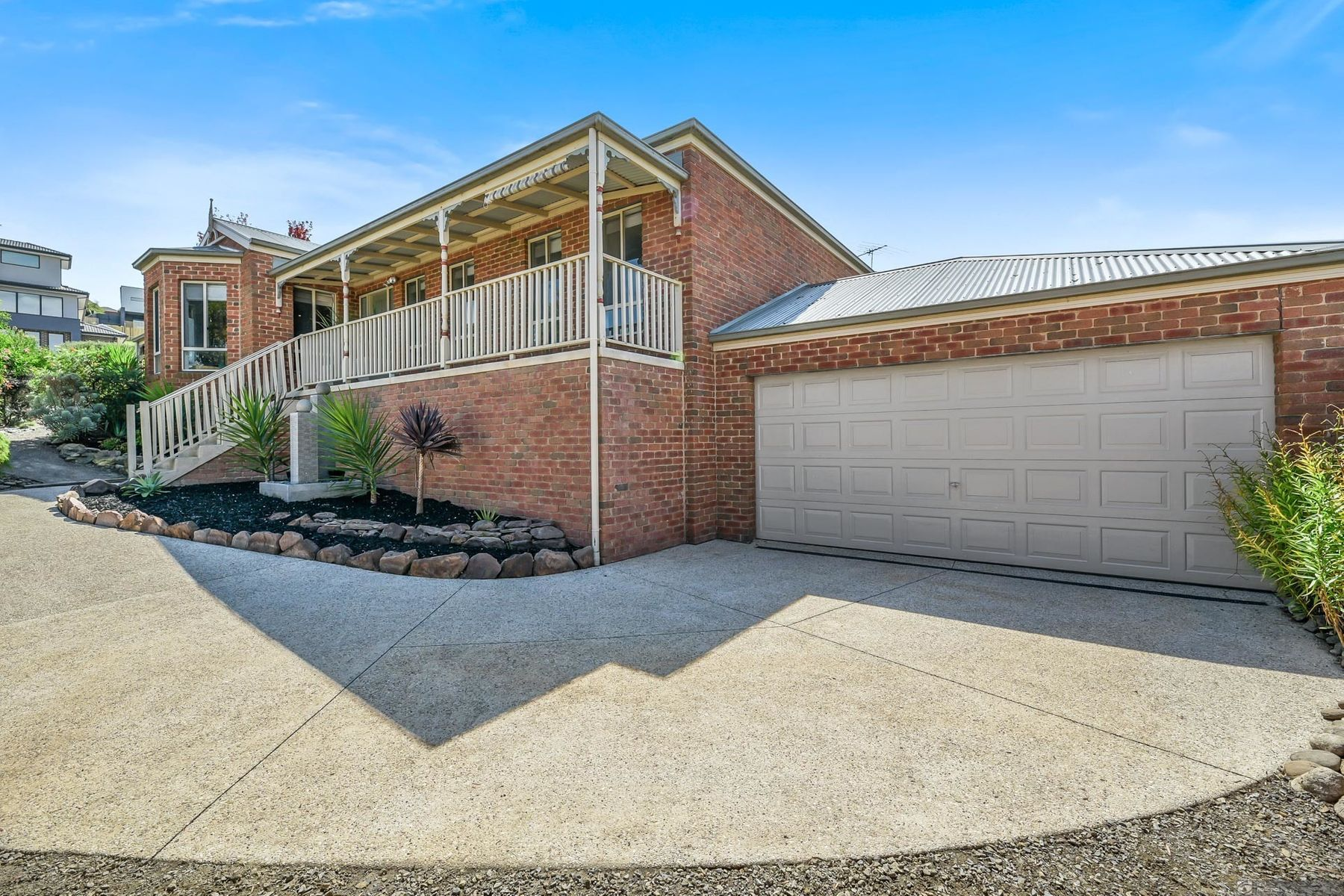 27 Portchester Boulevard, Beaconsfield, VIC 3807