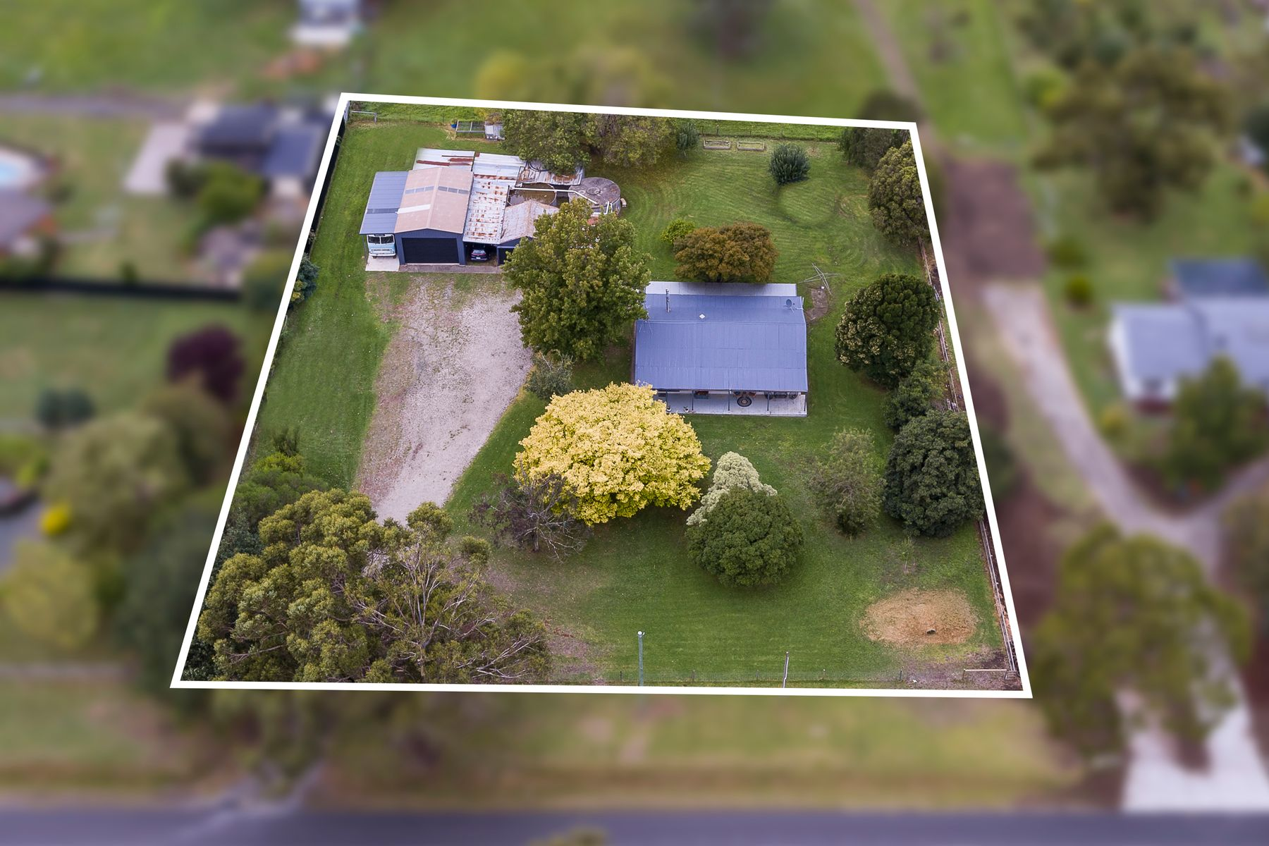 71 Gardner and Holman Road, Drouin, VIC 3818