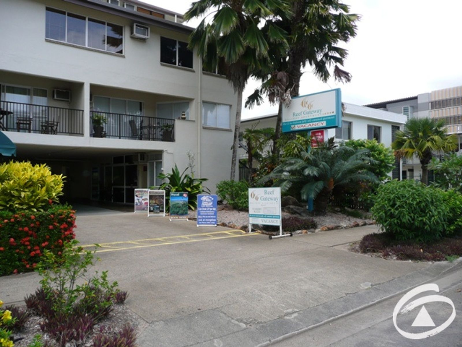16/239 Lake Street, Cairns North, QLD 4870