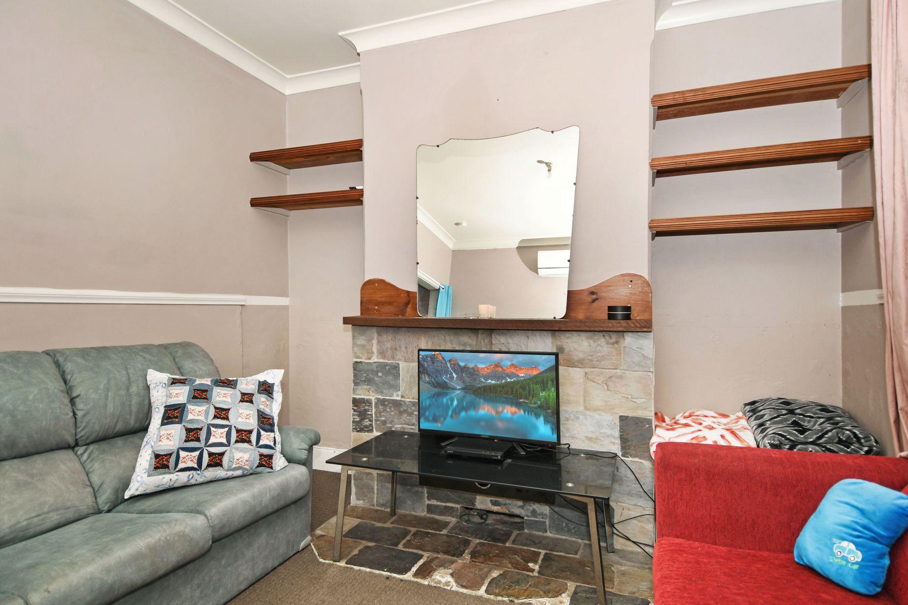 63 Carlingford Street, Bathurst, NSW 2795