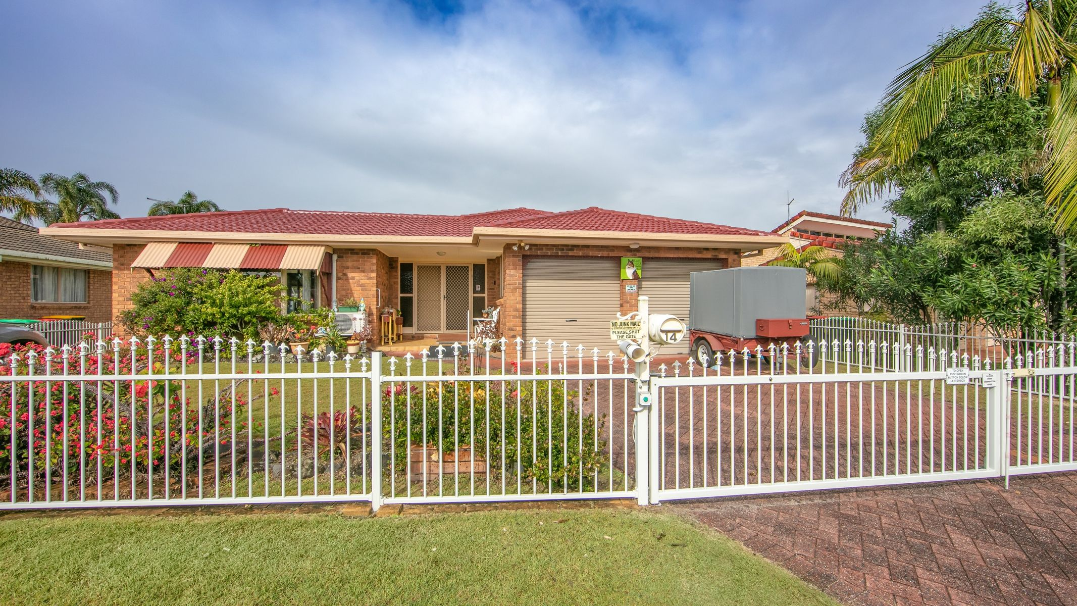 14 Melaleuca Drive, Yamba, NSW 2464