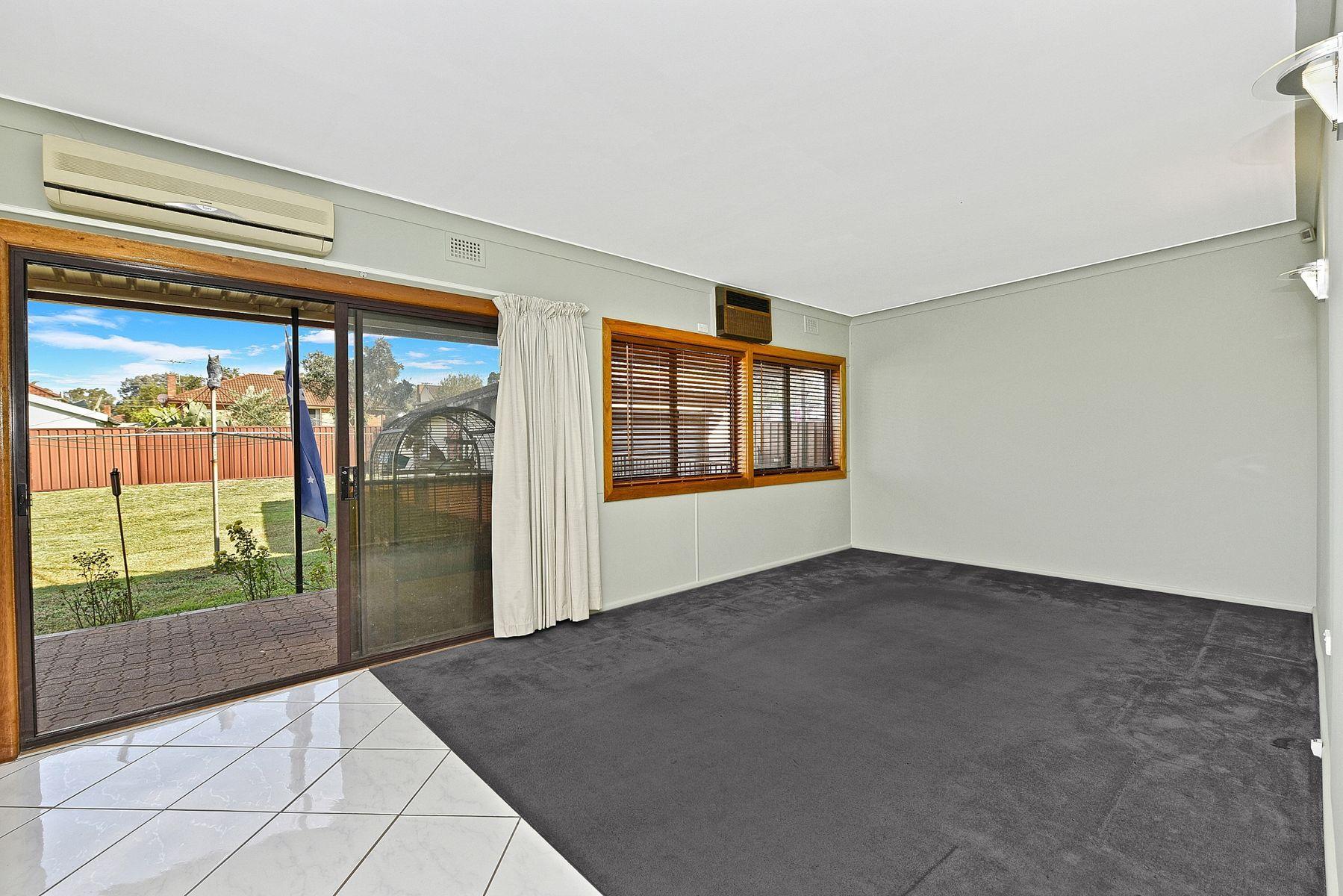 61 Alcoomie Street, Villawood, NSW 2163